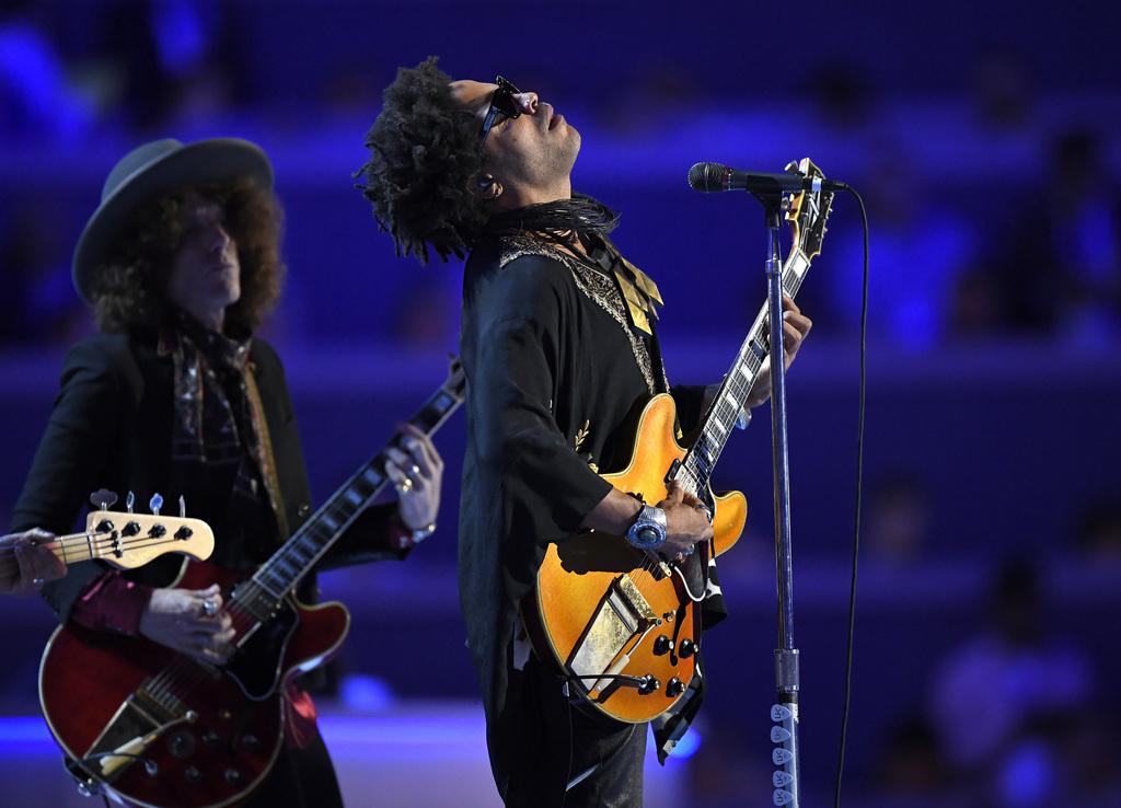 Lenny Kravitz relata cómo encontró su voz