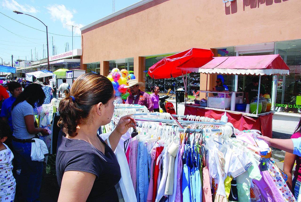 Ventas no levantan en pequeños comercios de Durango
