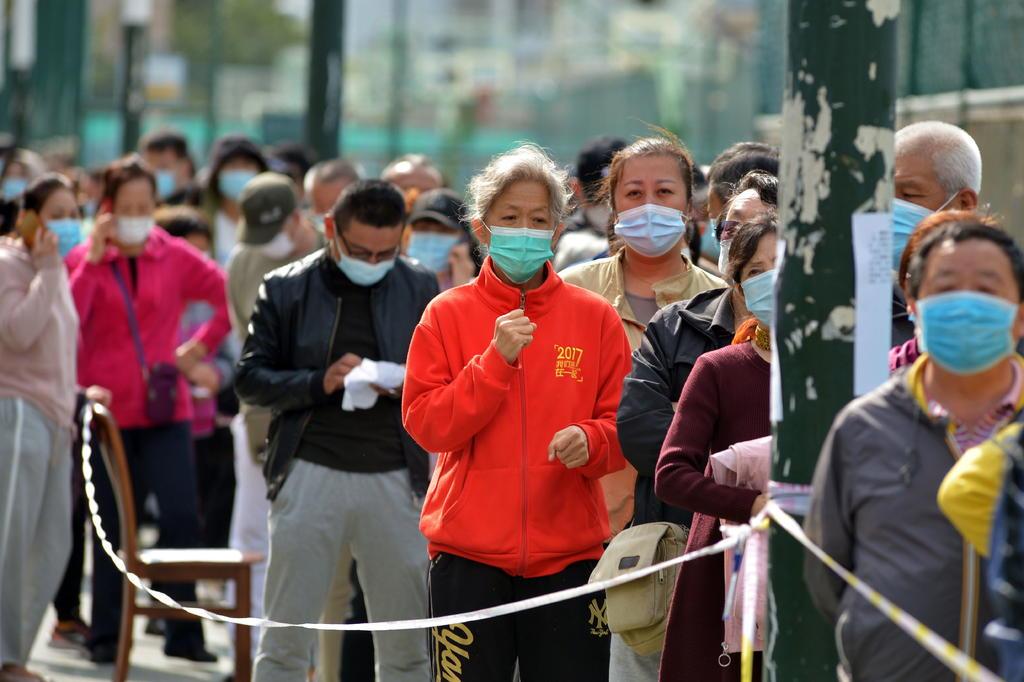 China suma 13 nuevos casos de COVID-19 'importados'