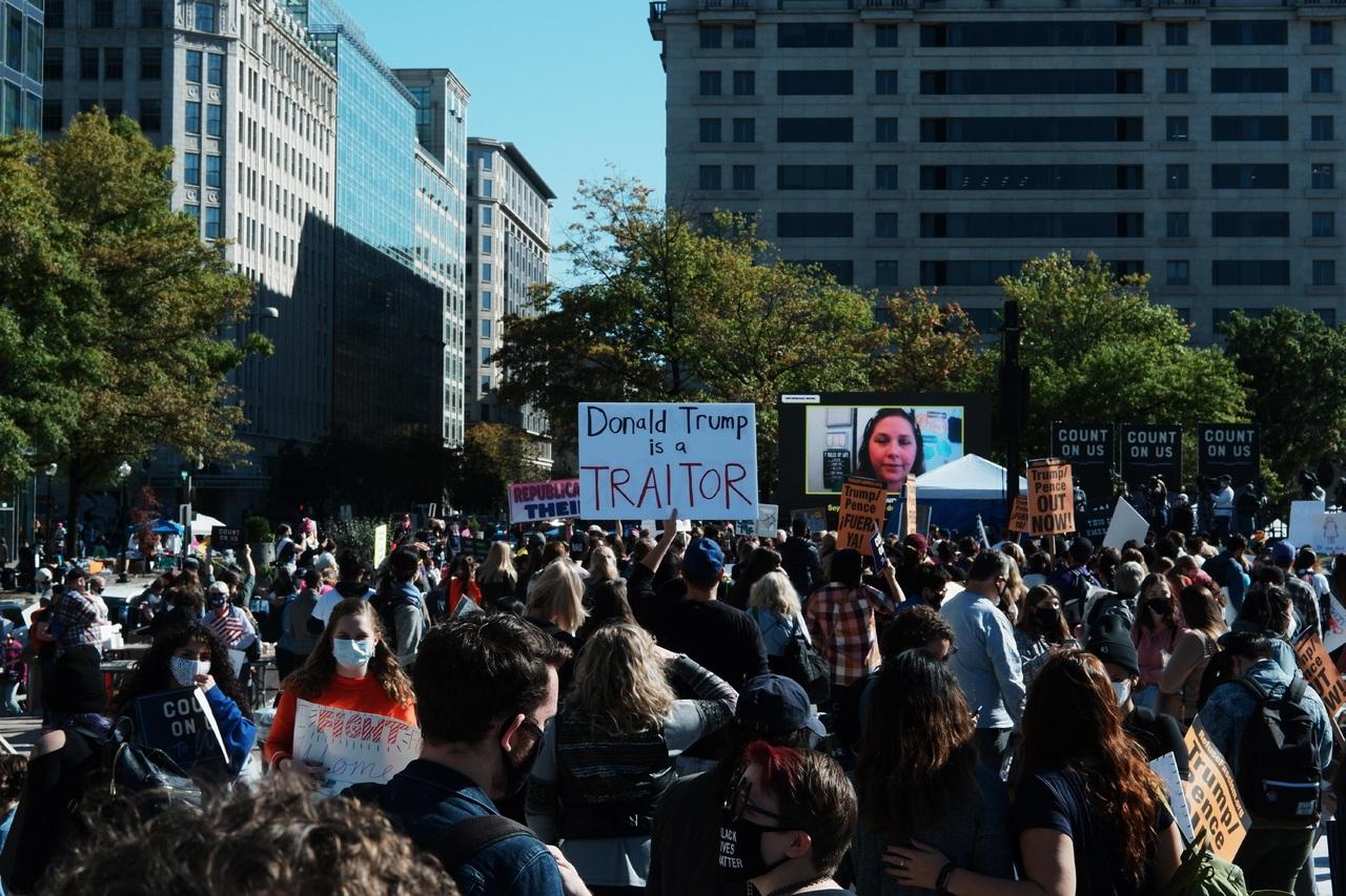Protestan contra nominada por Trump