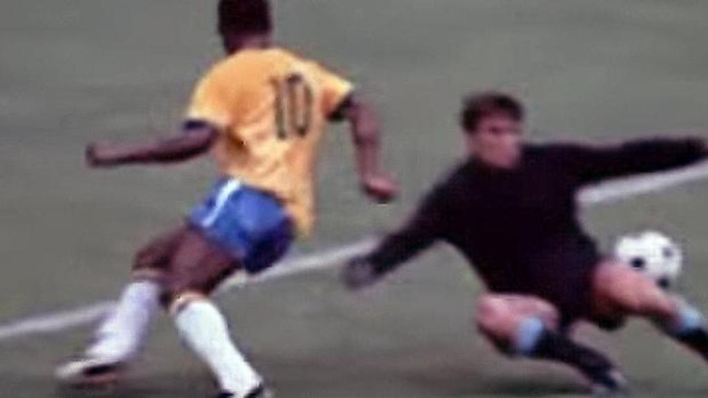 El mejor 'no gol' en la historia del futbol realizado por Pelé