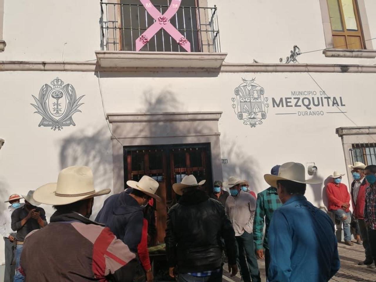Denuncian falta de respuesta a demandas en Mezquital
