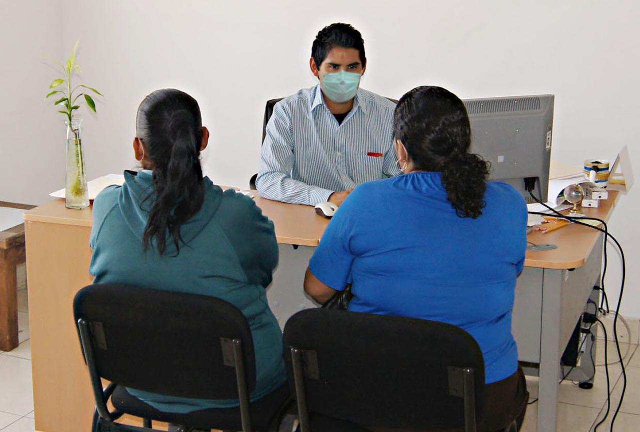 Brinda Instituto del Migrante apoyo psicológico ante Covid