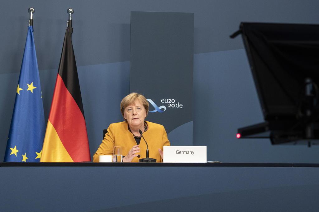 Angela Merkel llama a G20 contribuir económicamente en esfuerzo de vacuna accesible