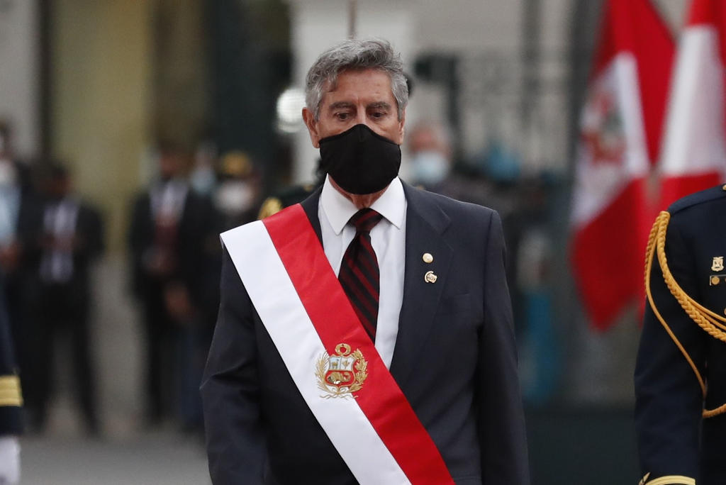 Presidente de Perú se reunió con familiares de víctimas de represión policial