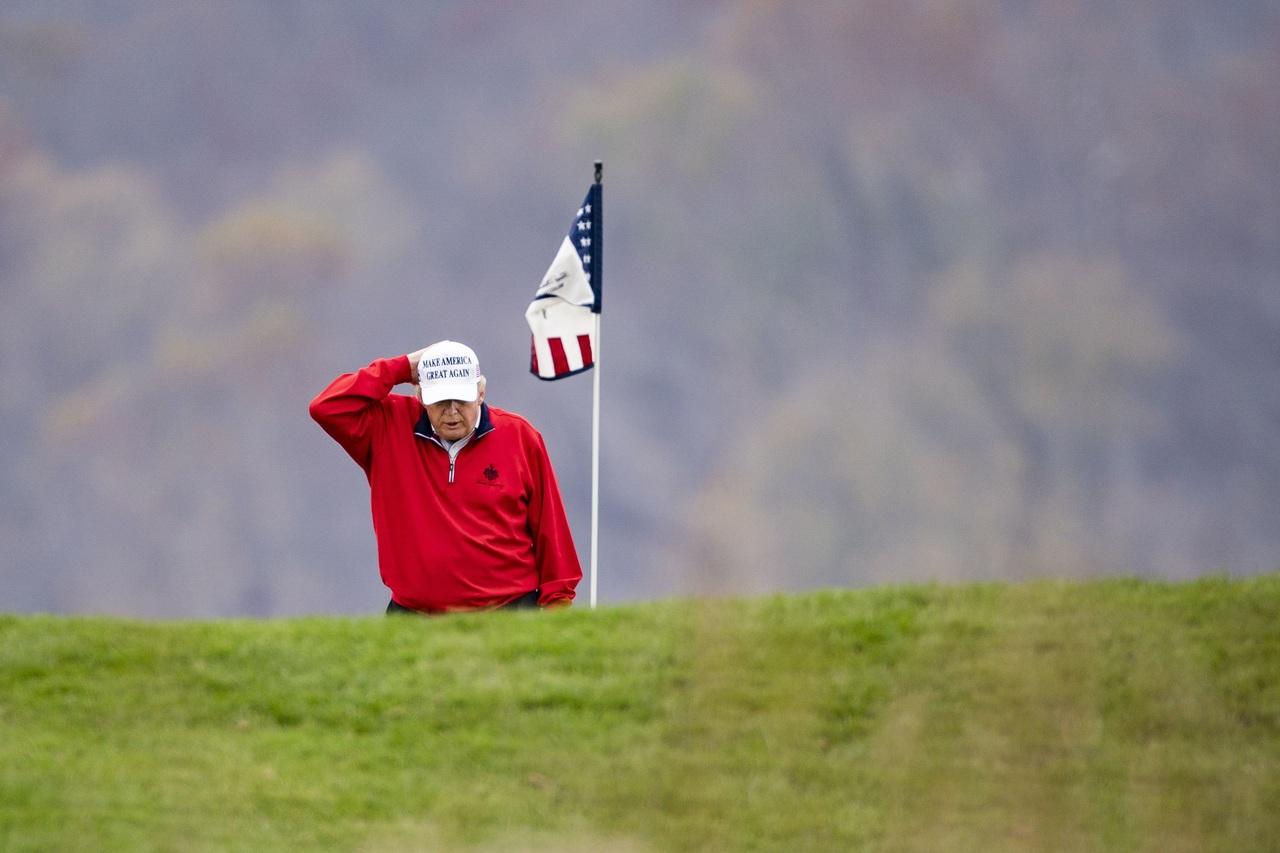 Trump cambia la cumbre de G20 por el golf