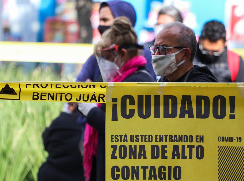 Pese a cifras, población en México muestra escepticismo a COVID