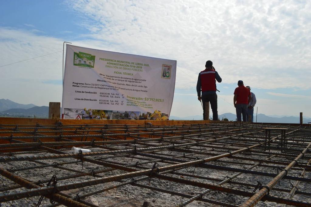 Se quejan por falta de agua en León Guzmán