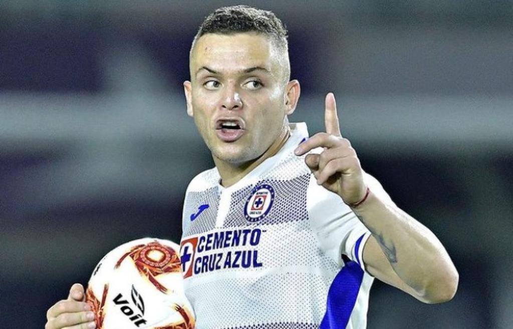'Cabecita' Rodríguez supera el COVID y Cruz Azul está completo