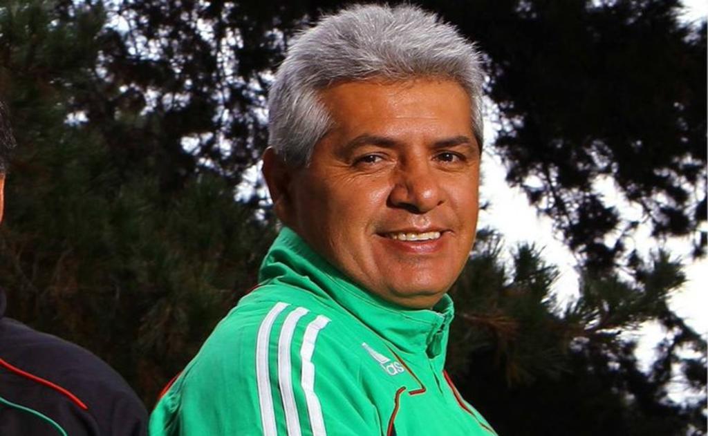 Hospitalizan a Luis Flores tras presentar síntomas de coronavirus