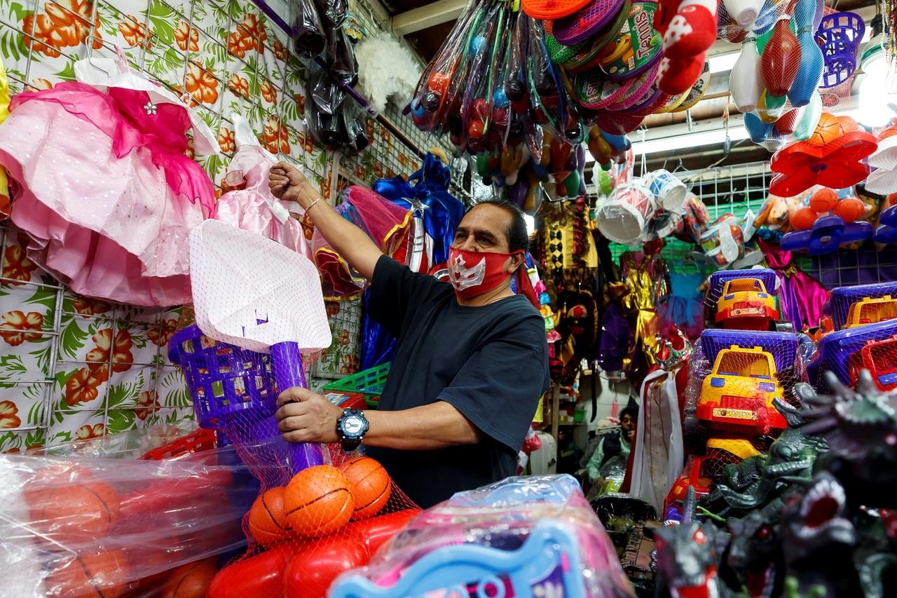 Compras de Reyes caen cerca del 50%