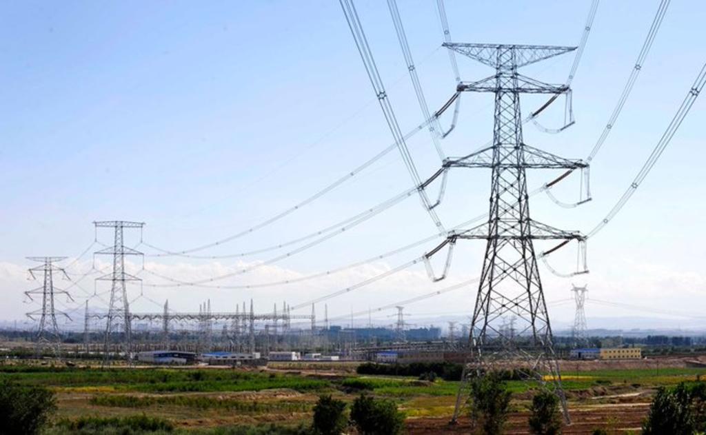 Culpa CFE a energía limpia por apagón