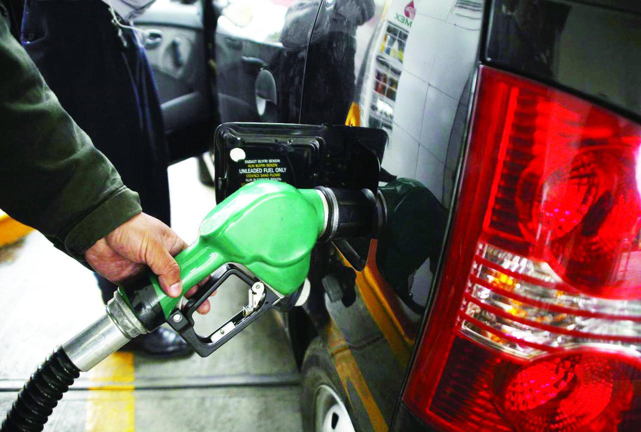 Descartan desabasto de combustible