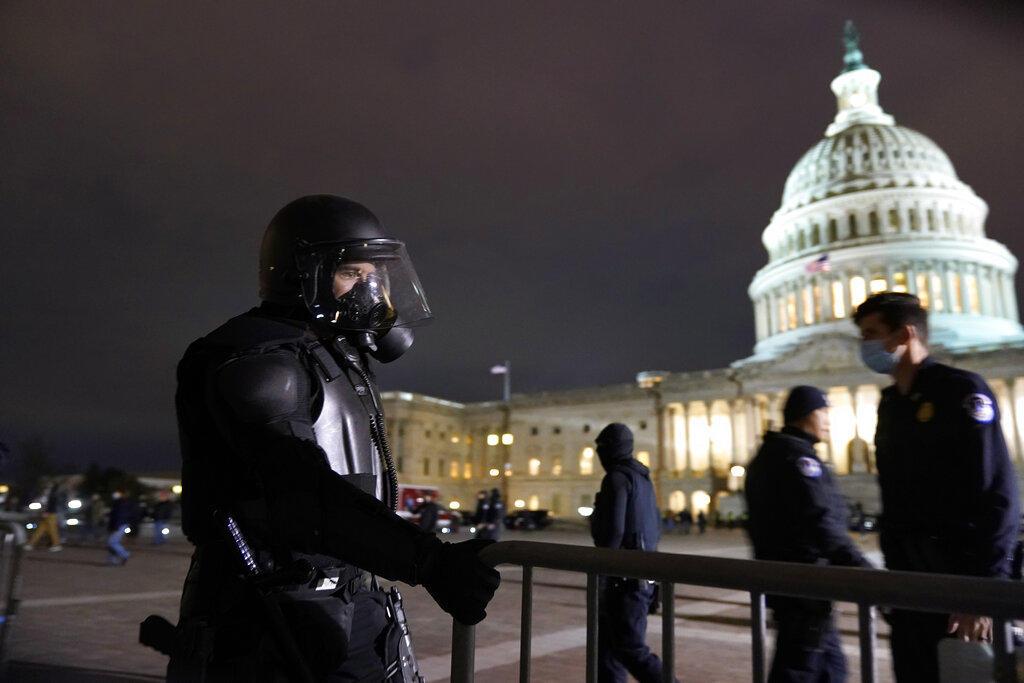 Despejan el Capitolio de EUA tras la manifestación a favor de Trump