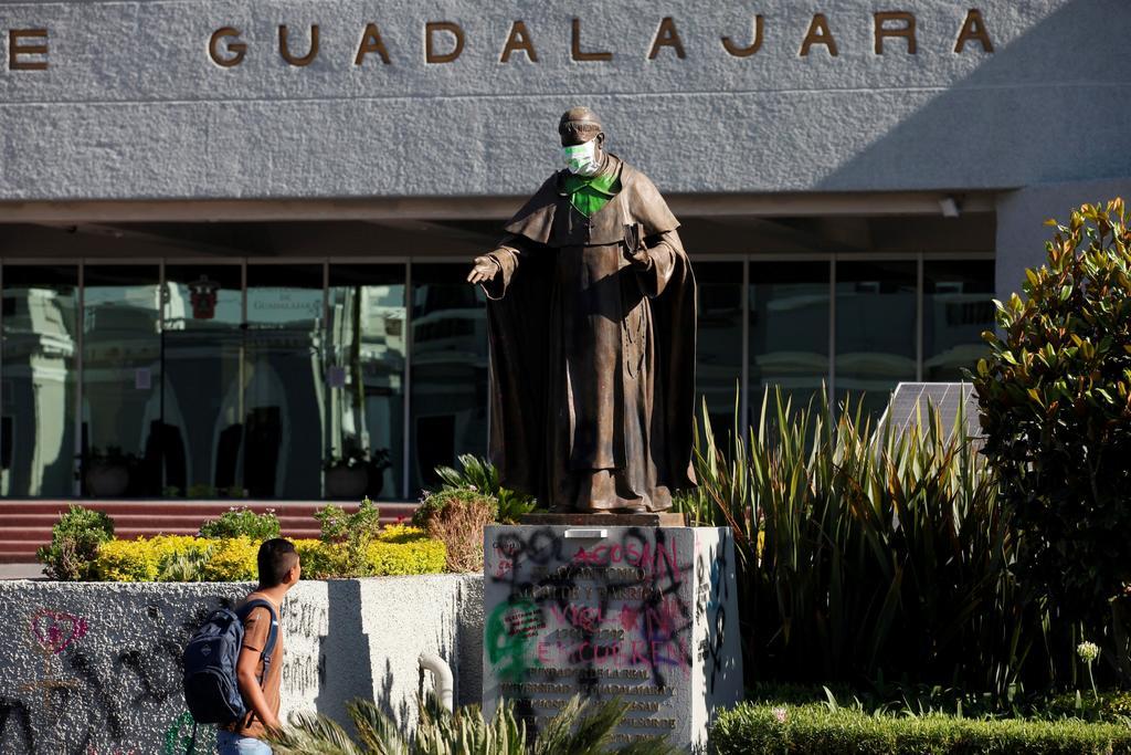 Anula Universidad de Guadalajara resultados de admisión tras filtración