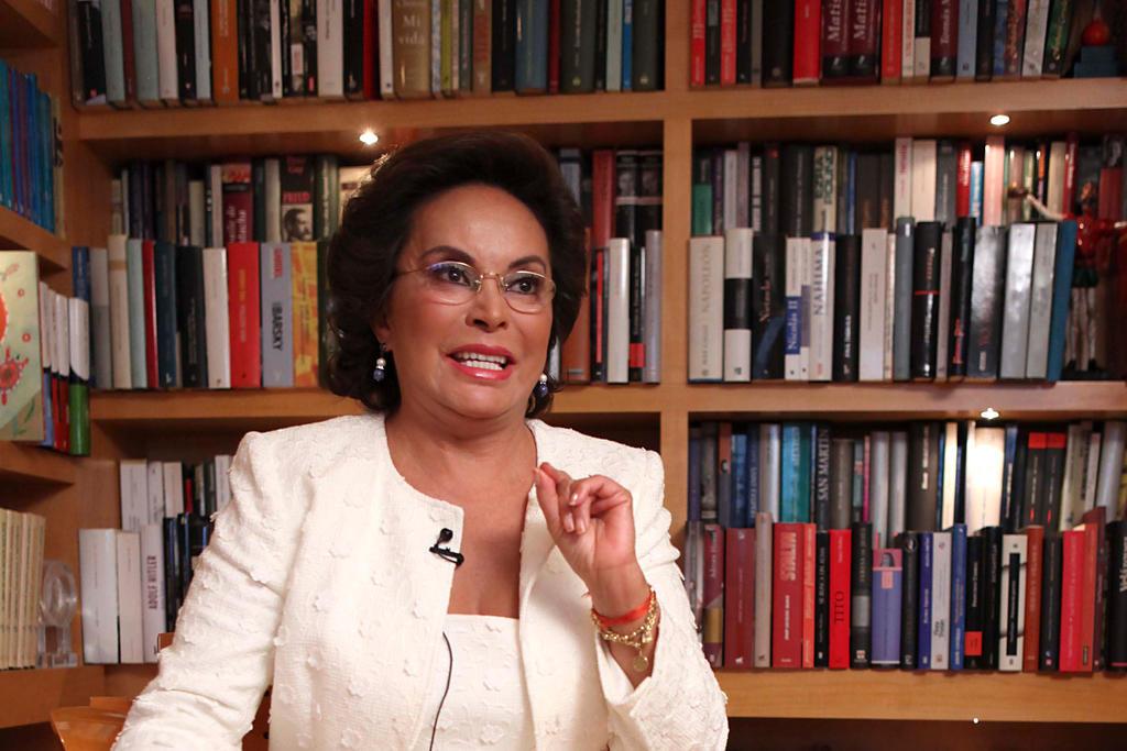 Gana Elba Esther Gordillo amparo para evadir pago de 9 mdp al SAT