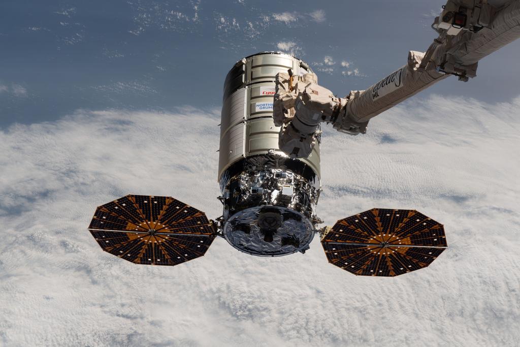 Nave de carga Cygnus abandona la EEI para una misión orbital