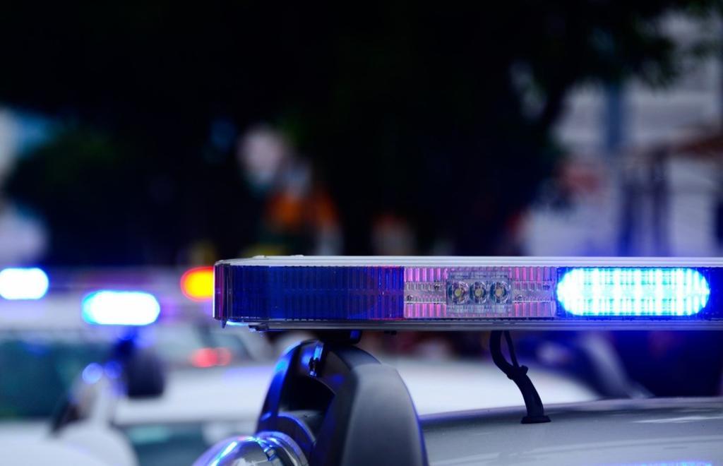 Ladrones llaman accidentalmente a la policía durante robo