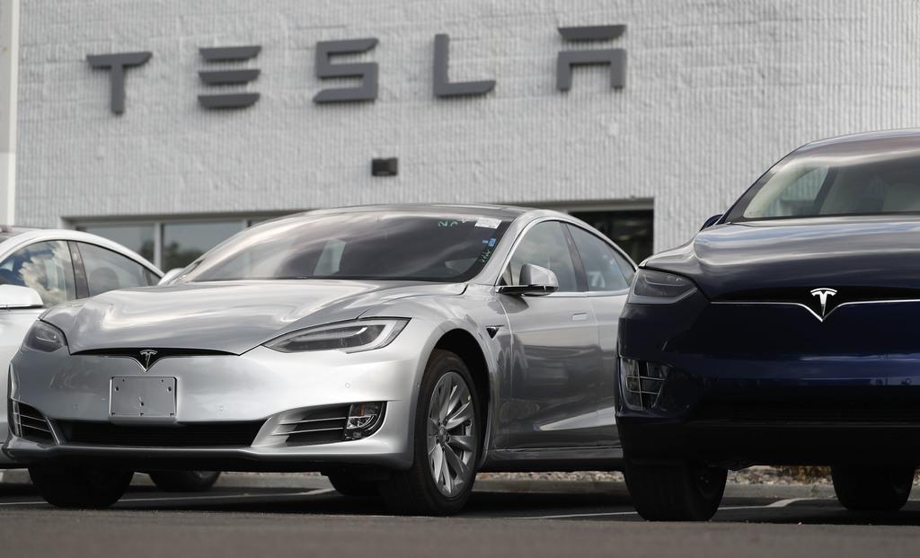 Tesla vale más que Facebook en Wall Street