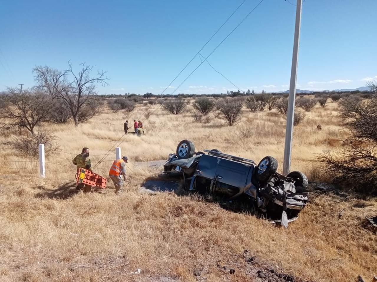 Volcadura en autopista Durango-Gómez Palacio deja un occiso