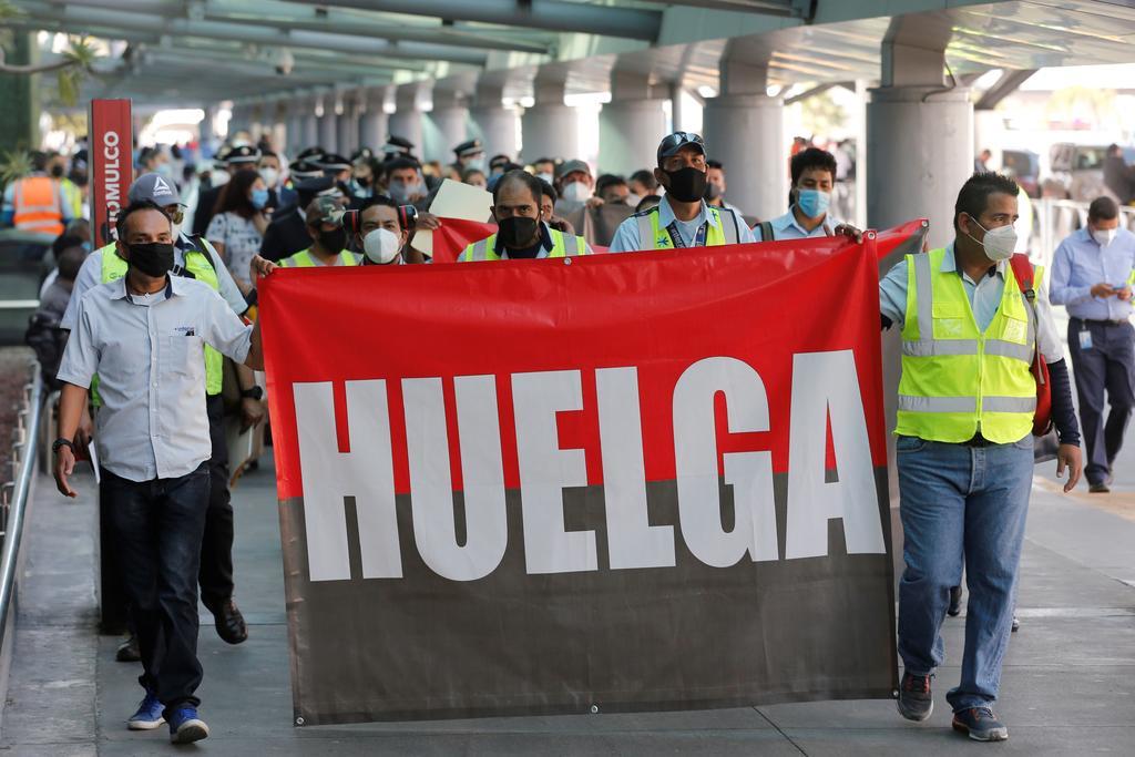 Trabajadores de Interjet inician huelga tras meses sin cobrar sueldo