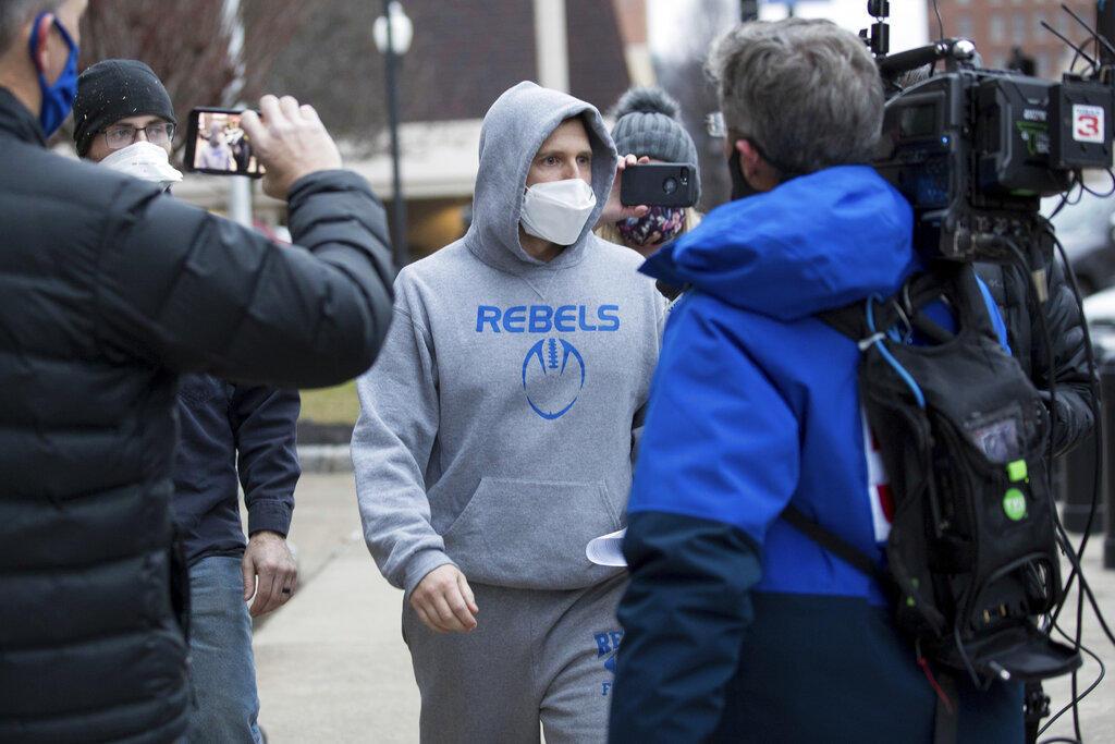Arrestan a legislador estatal de Virginia en EUA por asalto en Washington