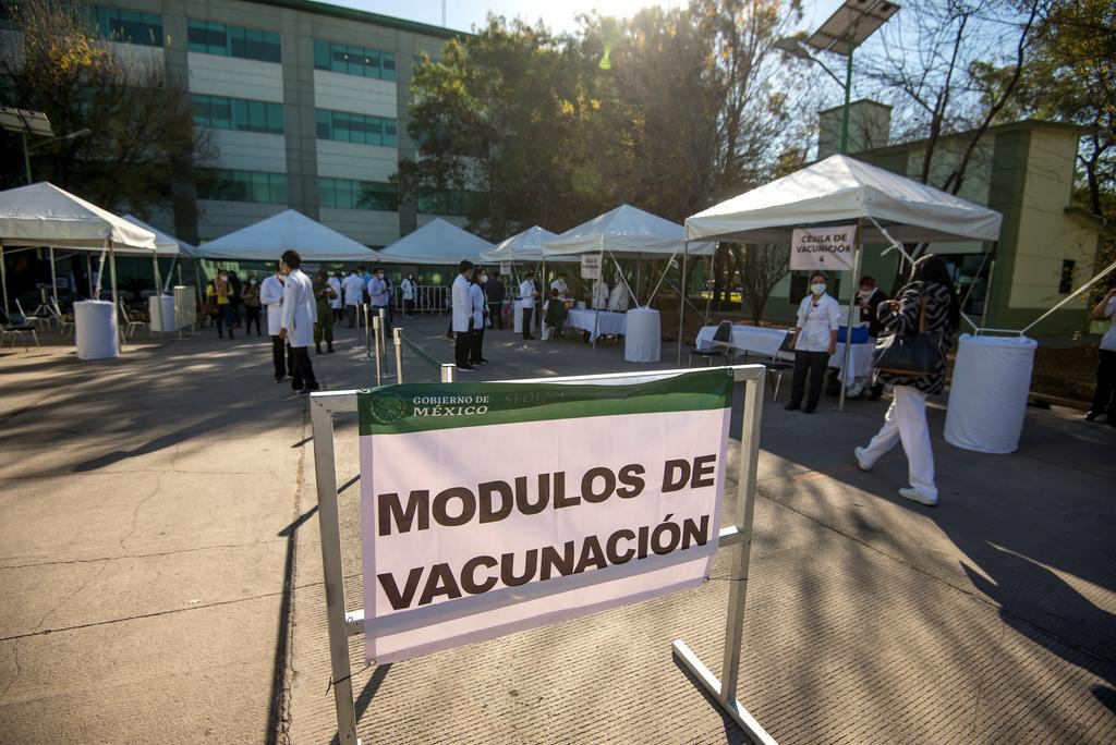 Reporta México récord de casos confirmados de COVID