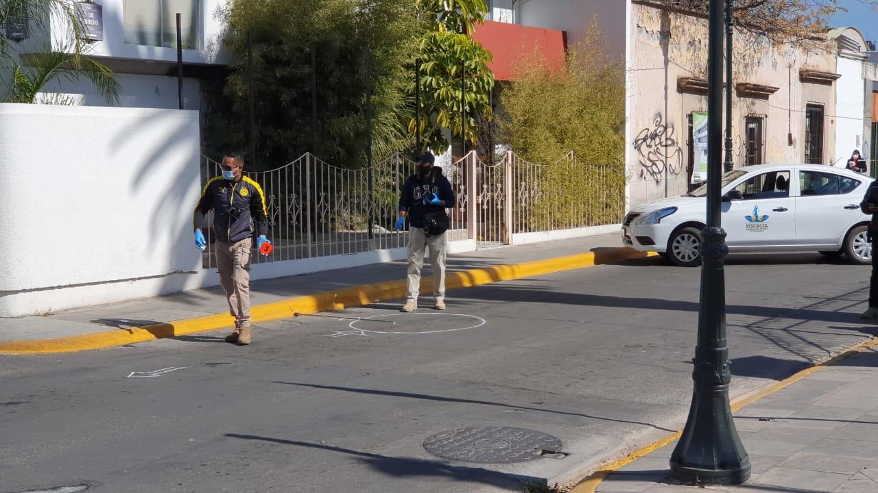 En pleno Centro, sujeto dispara a edificio en Durango