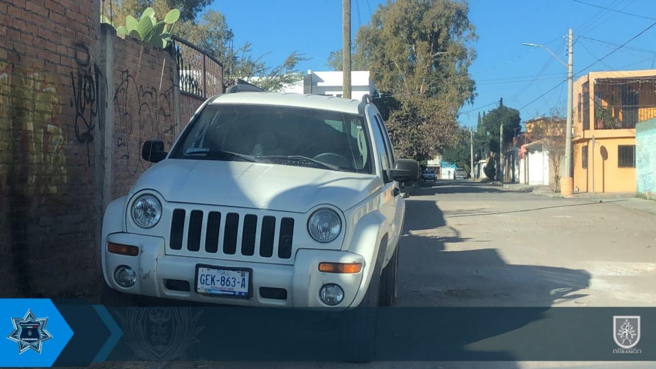 Localizan Jeep que fue robada el viernes