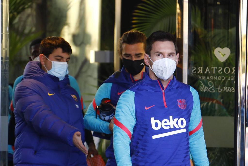 Se ausenta Messi del once inicial del Barcelona ante Real Sociedad