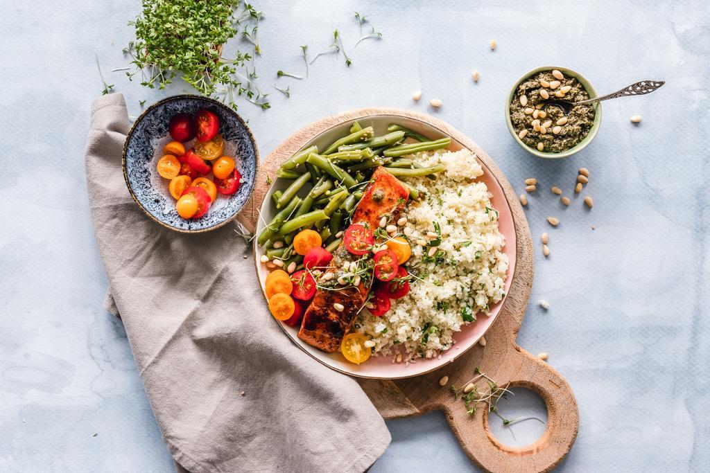 ¿Qué alimentos consumir para reducir la inflamación intestinal?