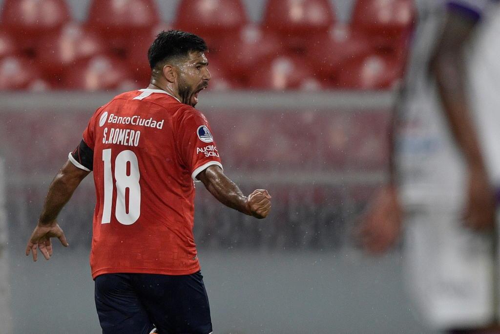 Terminó el plazo para que Independiente pague al América la venta de Romero y Cecilio