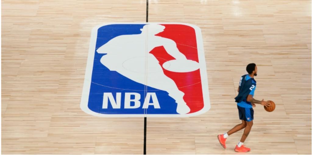 NBA anuncia que no tiene previsto cancelar la temporada pese a contagios de COVID