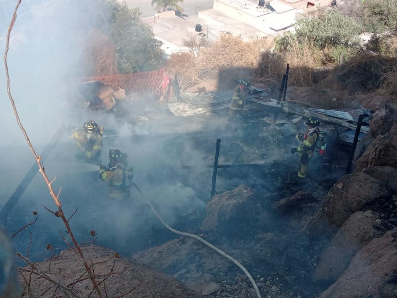 Sofocan 3 incendios en las últimas horas