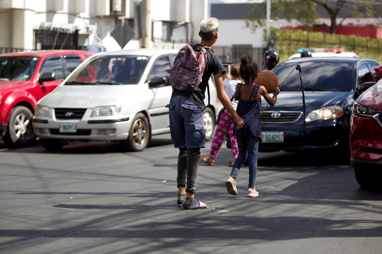 Honduras tiene 2 deudas con la niñez