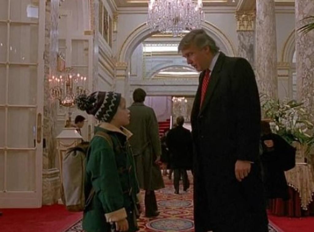 Macaulay Culkin apoya petición de retirar a Trump de 'Mi pobre angelito'