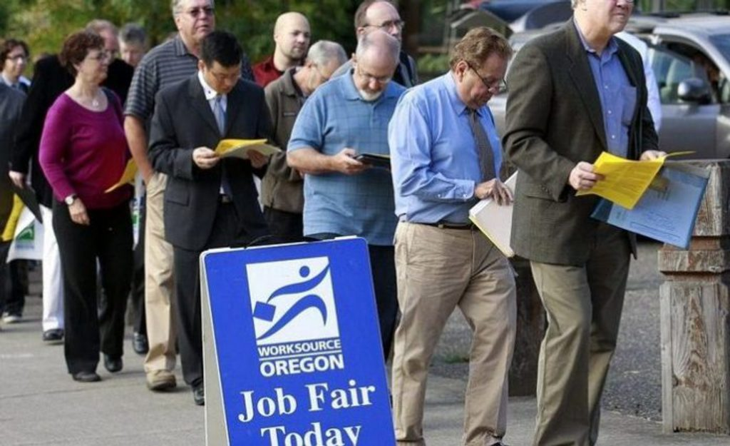 Desempleo en la OCDE alcanzó 45.5 millones