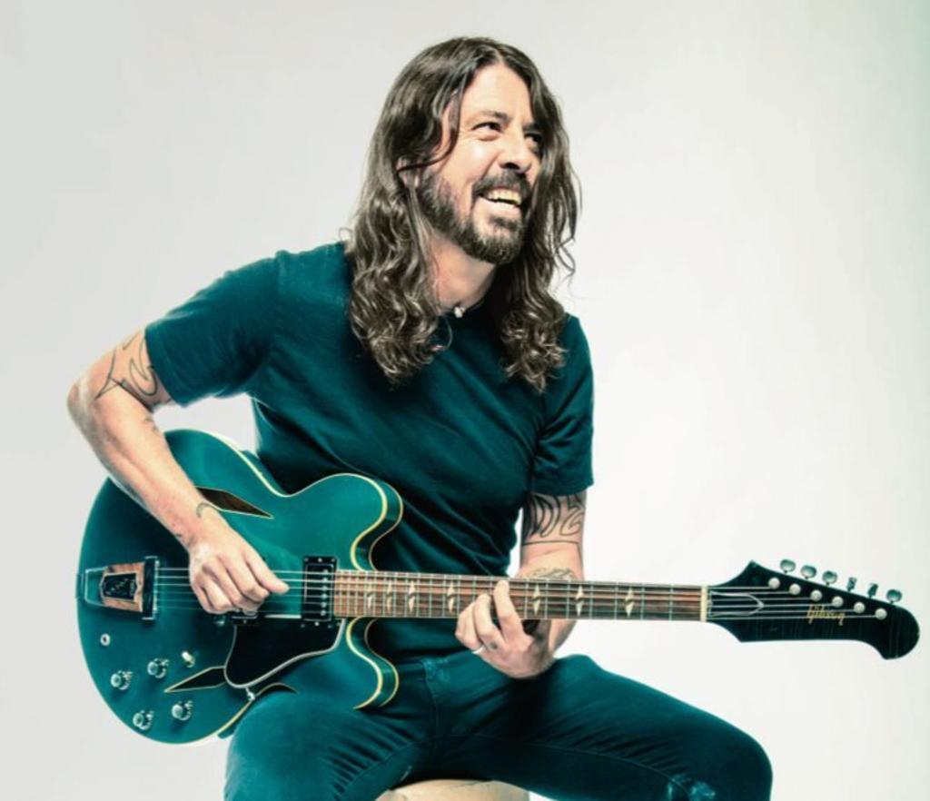 Dave Grohl dedica canción a su hija en su cumpleaños