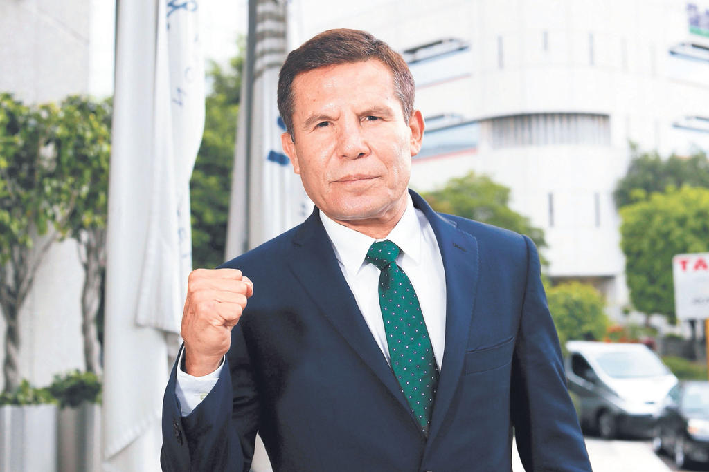 Julio Cesar Chávez despotrica contra el periodista David Faitelson