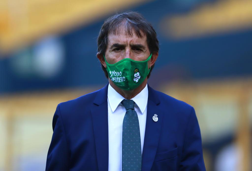 'Tendremos que defender con todo', comenta Almada sobre el encuentro de Santos contra Tigres