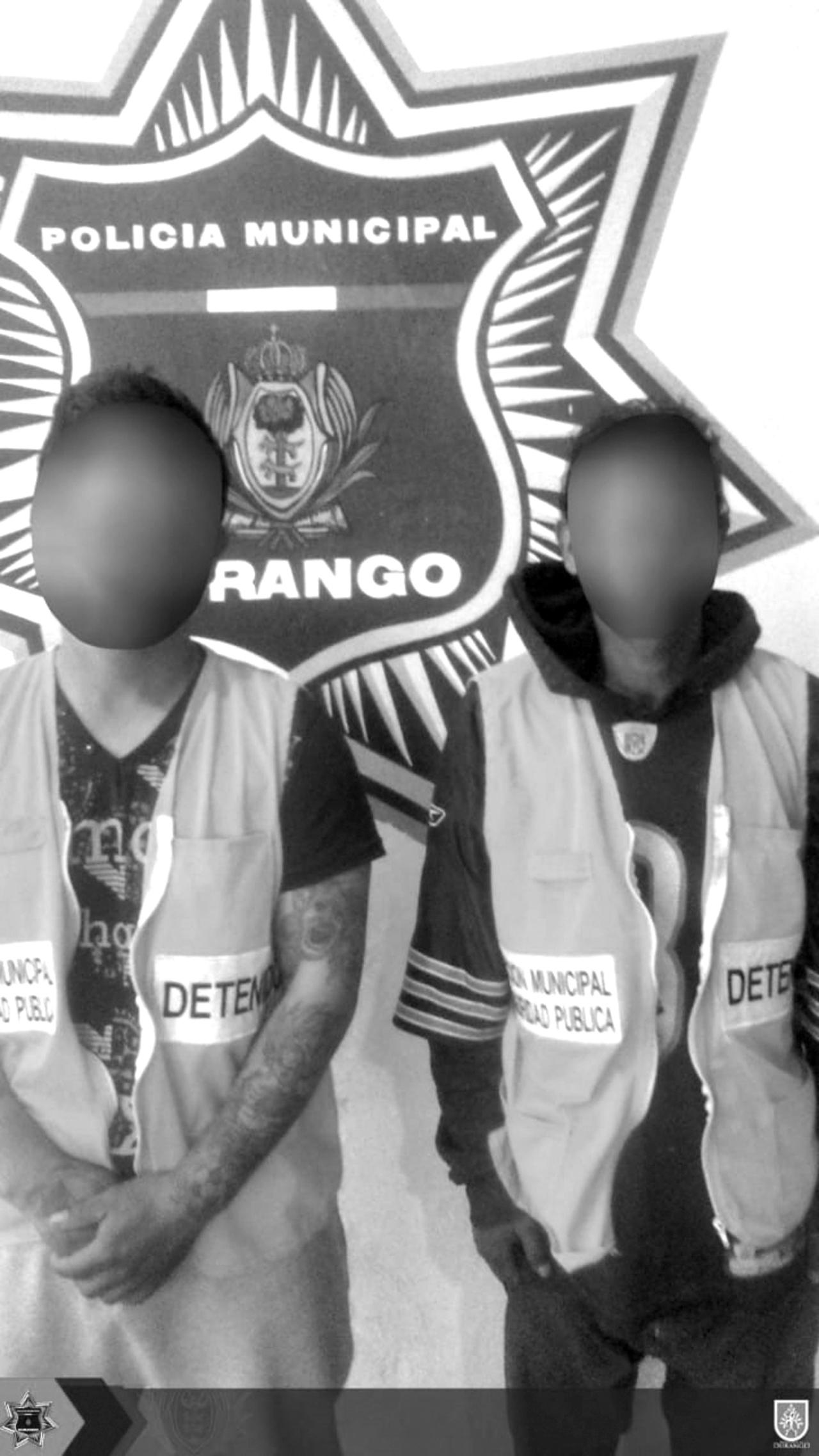 Tres involucrados en riña; detenidos