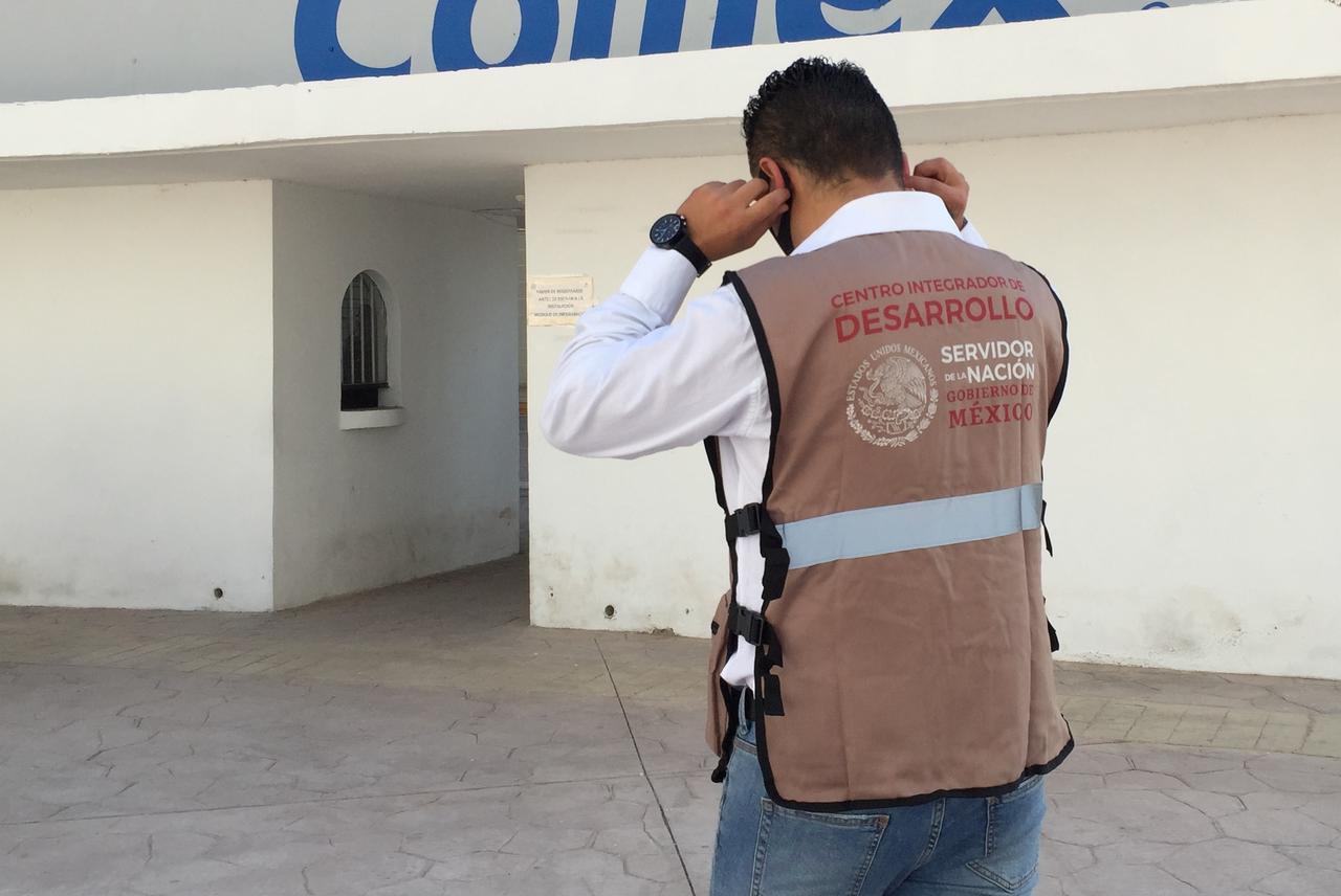 Reprueban vacunación anti Covid a Servidores de la Nación