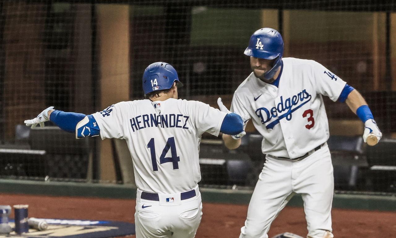 Red Sox está muy interesado en 'Kike' Hernández — INFORME