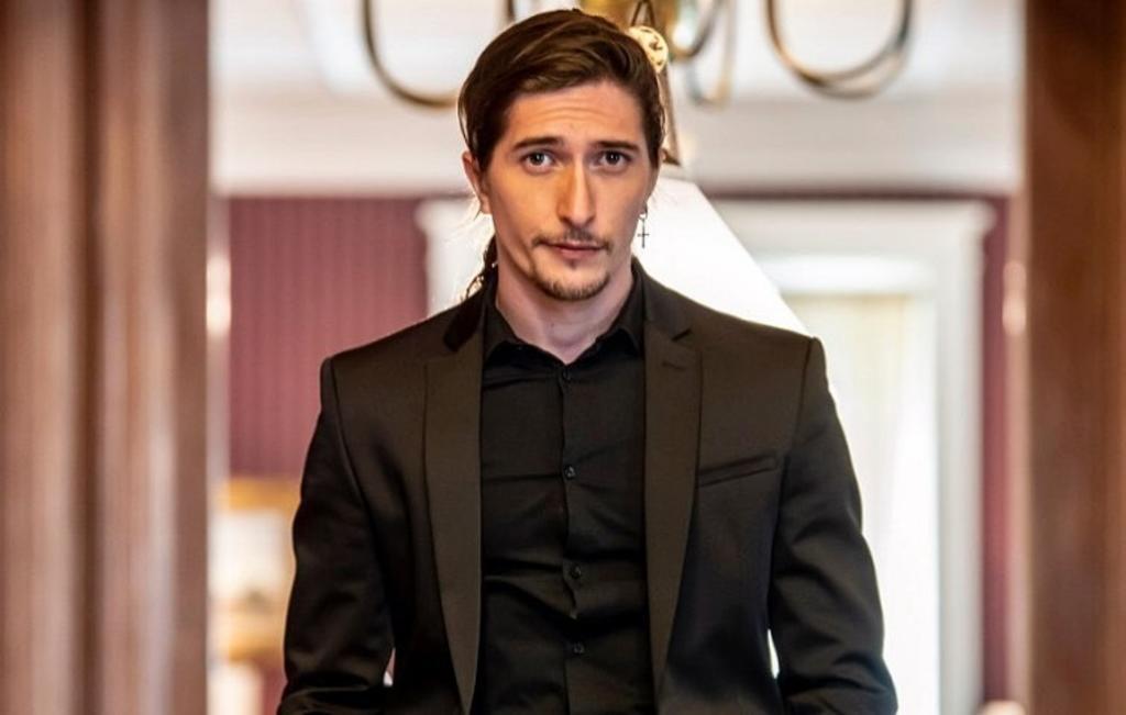 El actor argentino Federico Ayos se siente bendecido de vivir en México
