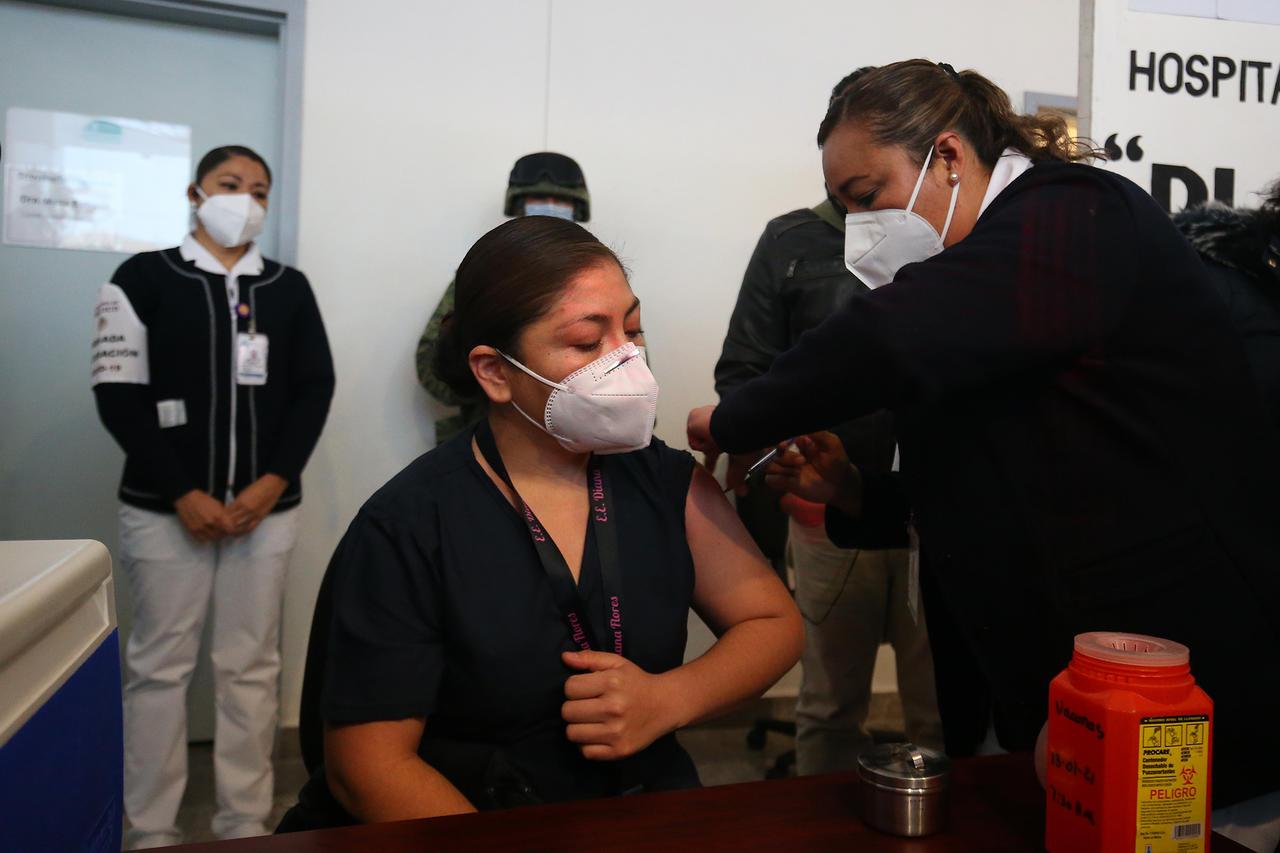 Avanza aplicación de vacunas anti Covid-19 en Durango