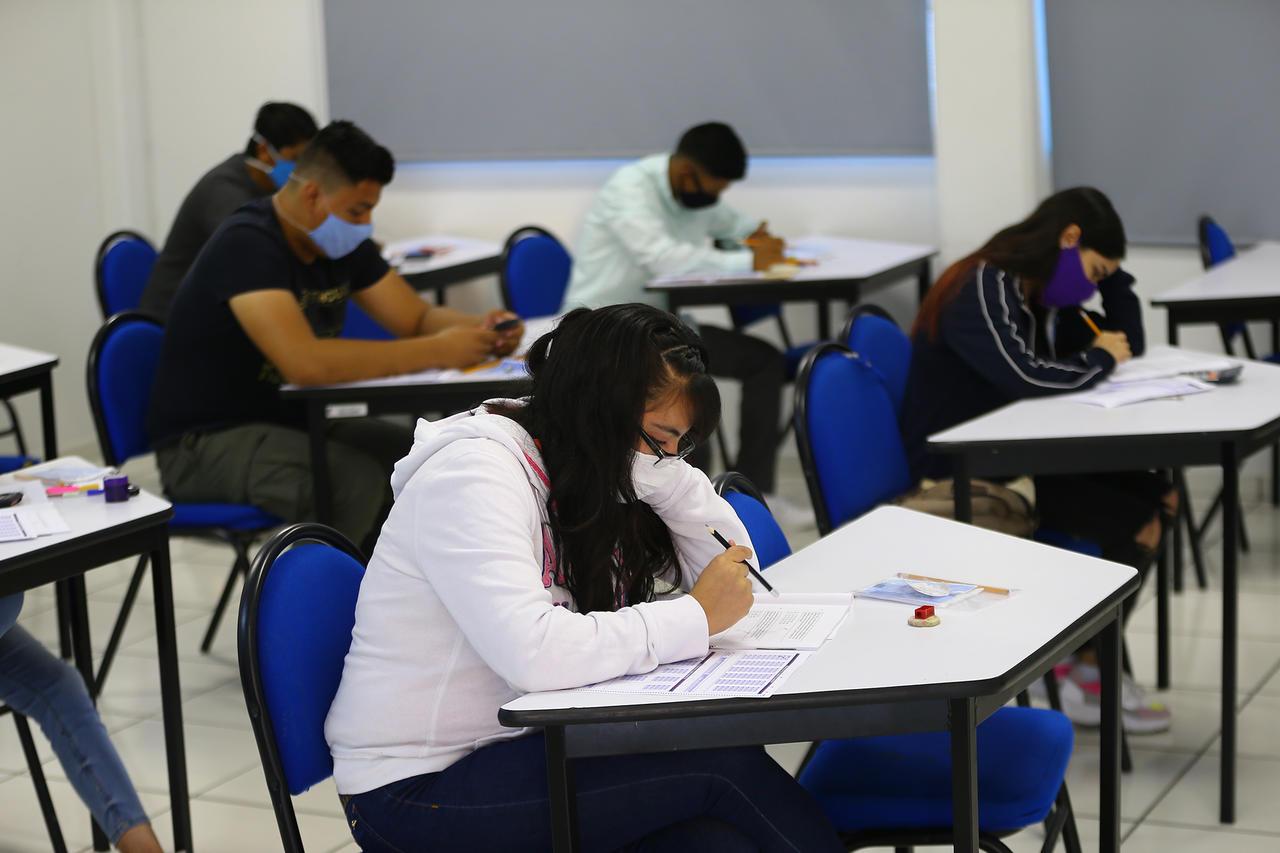 Carreras de la salud regresarían primero a las aulas: Fiesdur