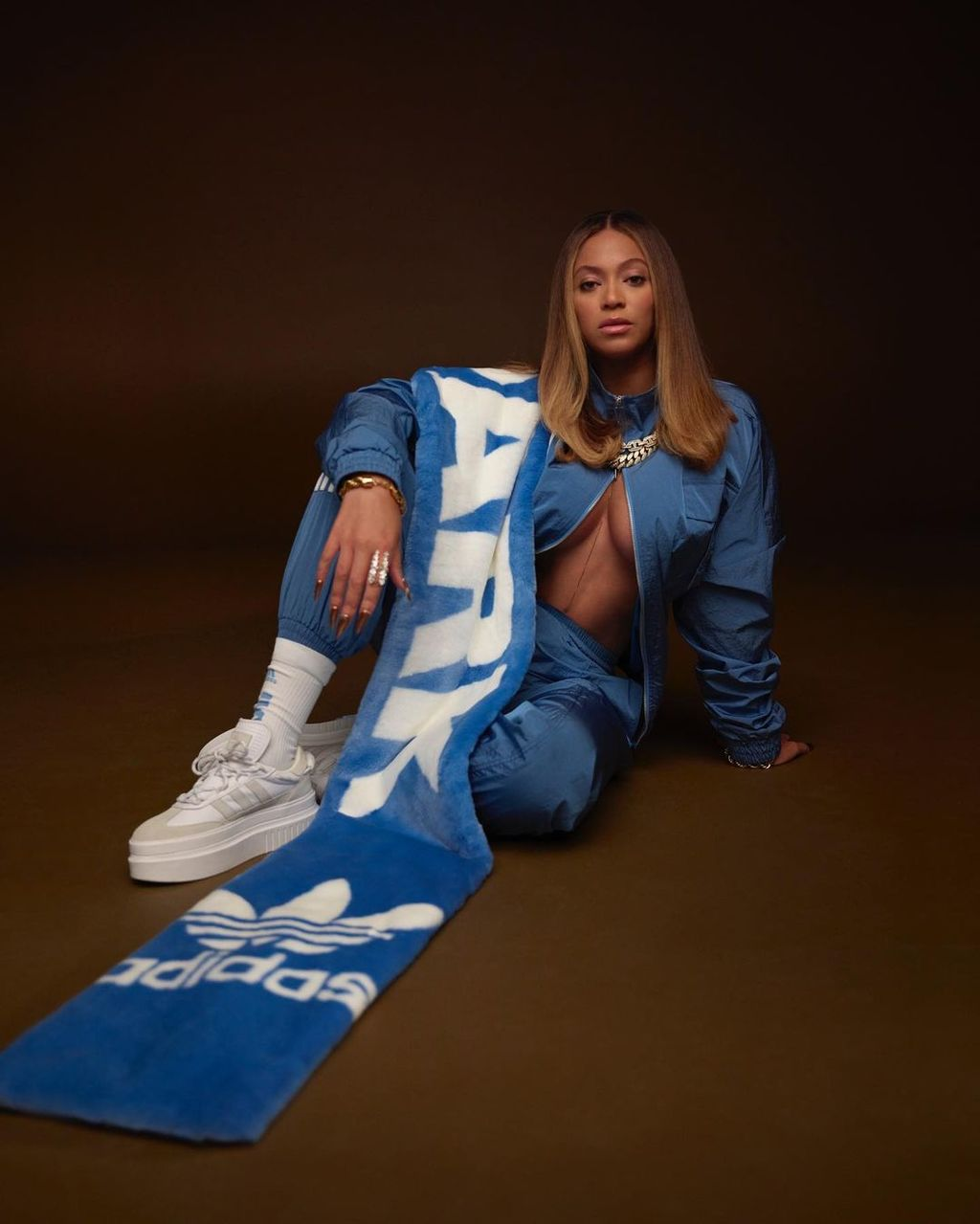 Beyoncé lanza línea deportiva