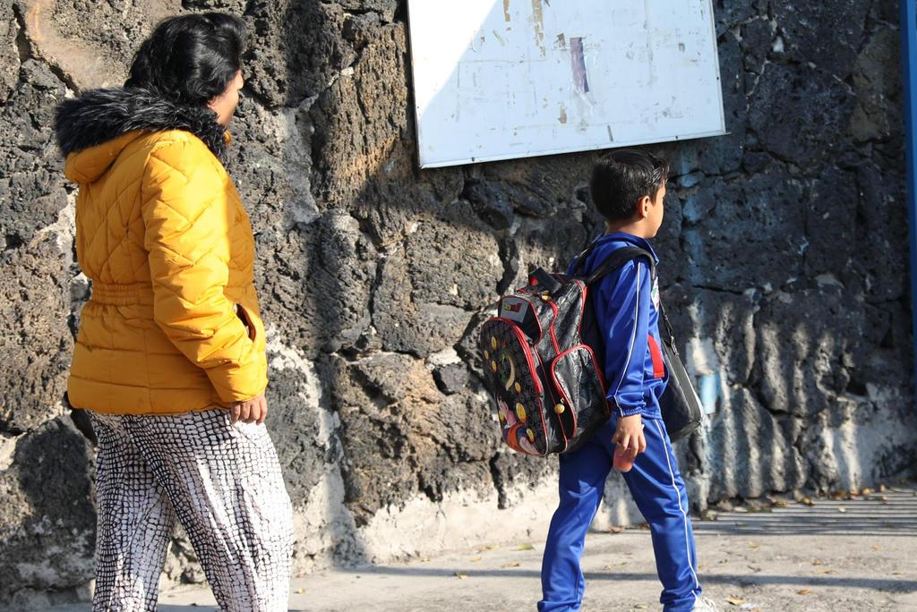 Adelantan colegios de México regreso a clases