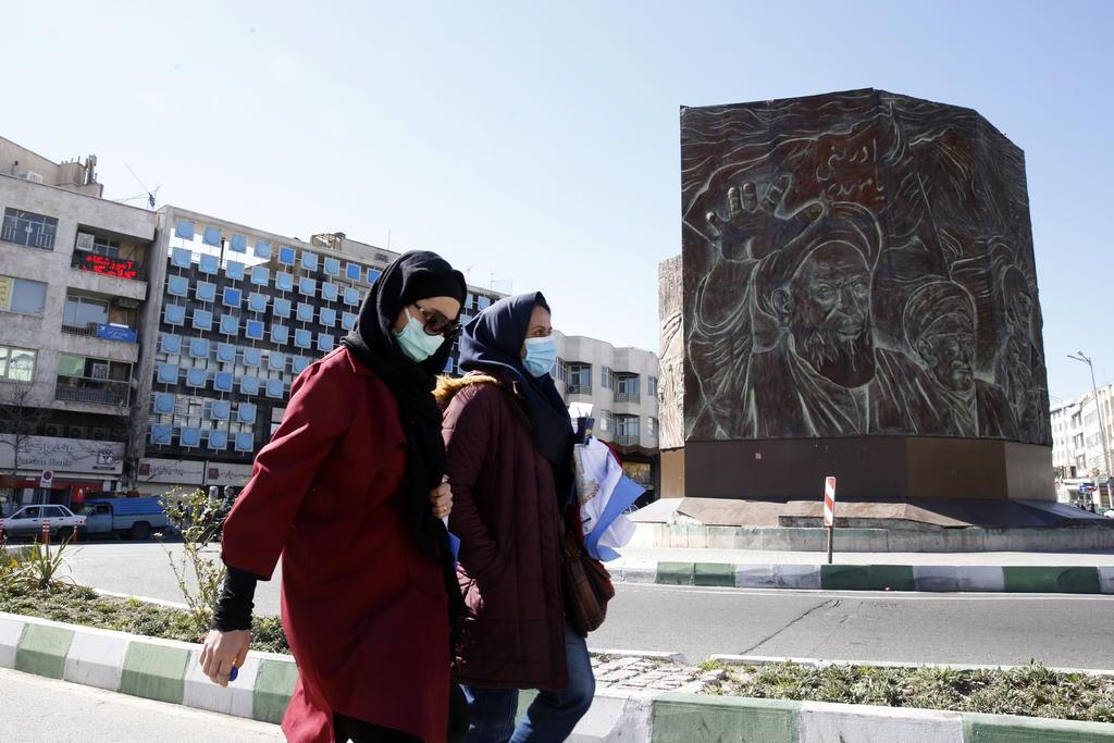 Irán limita inspecciones a su programa nuclear para presionar a EUA