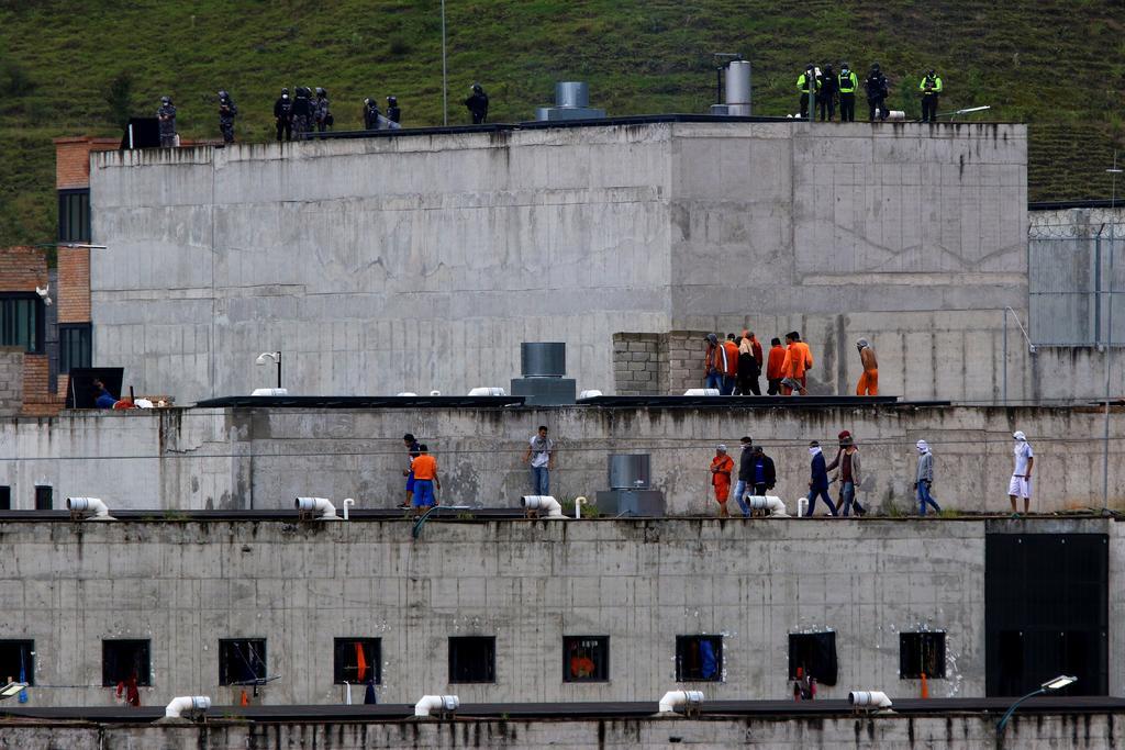 Asciende a 62 cifra de muertos por motines en cárceles de Ecuador